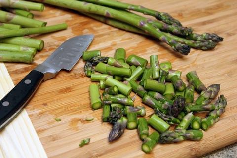 Asparagus-Prosciutto-Gruyere-Nachos-Chopped-Asparagus.jpg