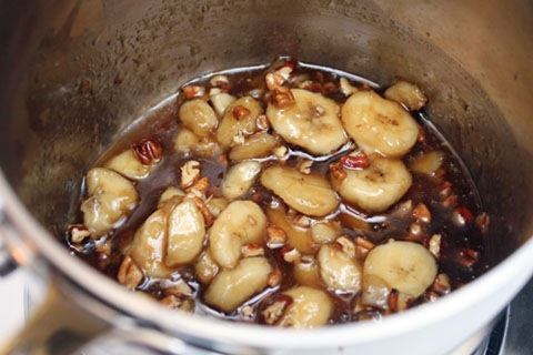 Banana-Pecan-Caramel-Sauce-Final.jpg