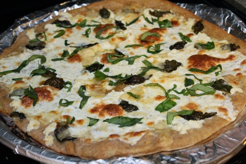 Basil-and-Garlic-White-Pizza-Baked.jpg