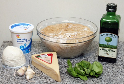 Basil-and-Garlic-White-Pizza-Ingredients.jpg