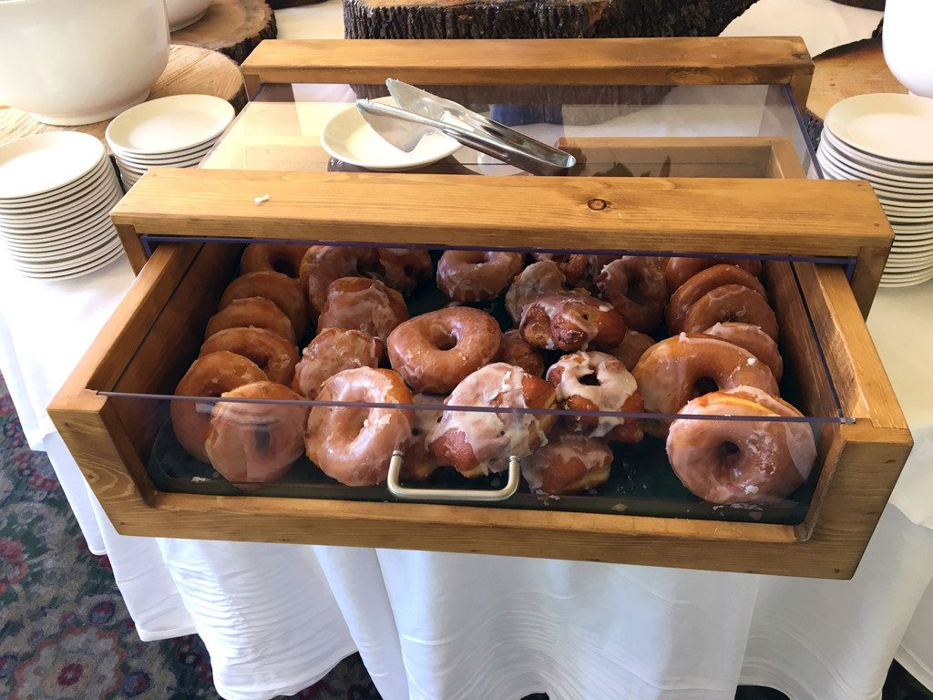 Basin-Harbor-Club-Breakfast-Doughnuts