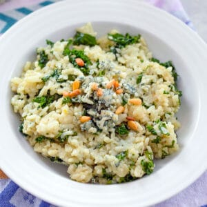 Blue Cheese Risotto with Kale -- This Blue Cheese Risotto with Kale is packed with creamy flavor and incredibly easy to make. Yes, risotto is the perfect weeknight dinner | wearenotmartha.com