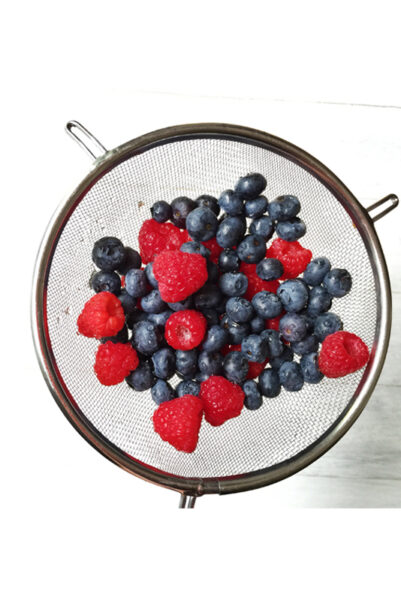 Blueberries-and_Raspberries