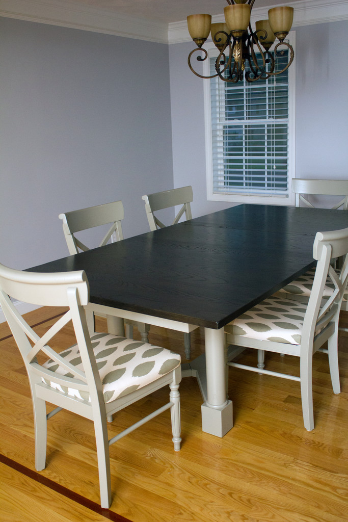Boston Interiors Table and Chairs