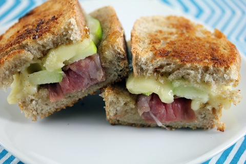 Brie-Grilled-Cheese-with-Fig-Spread-Green-Apple-and-Prosciutto-8.jpg