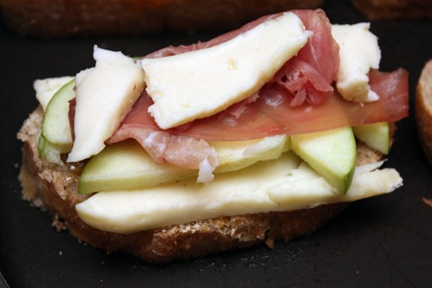 Brie-Grilled-Cheese-with-Fig-Spread-Green-Apple-and-Prosciutto-Build-2.jpg