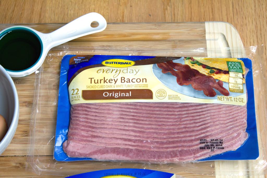 Butterball Meat Lovers' Breakfast Pizza Turkey Bacon