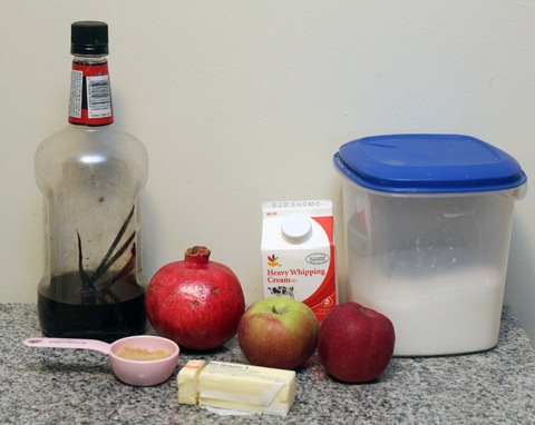 Caramel-Apple-Pomegranate-Parfait-Ingredients.jpg