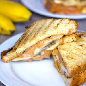 Caramelized Banana and Peanut Butter Sandwiches -- You can never go wrong with a peanut butter sandwich, but lunchtime will be a whole lot more delicious with Caramelized Banana and Peanut Butter Sandwiches instead | wearenotmartha.com