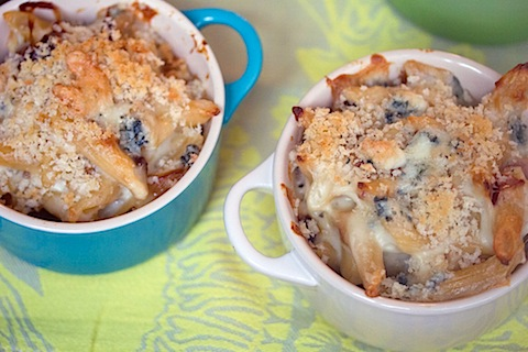 Caramelized Onion, Prosciutto, and Gorgonzola Mac and Cheese 8.jpg