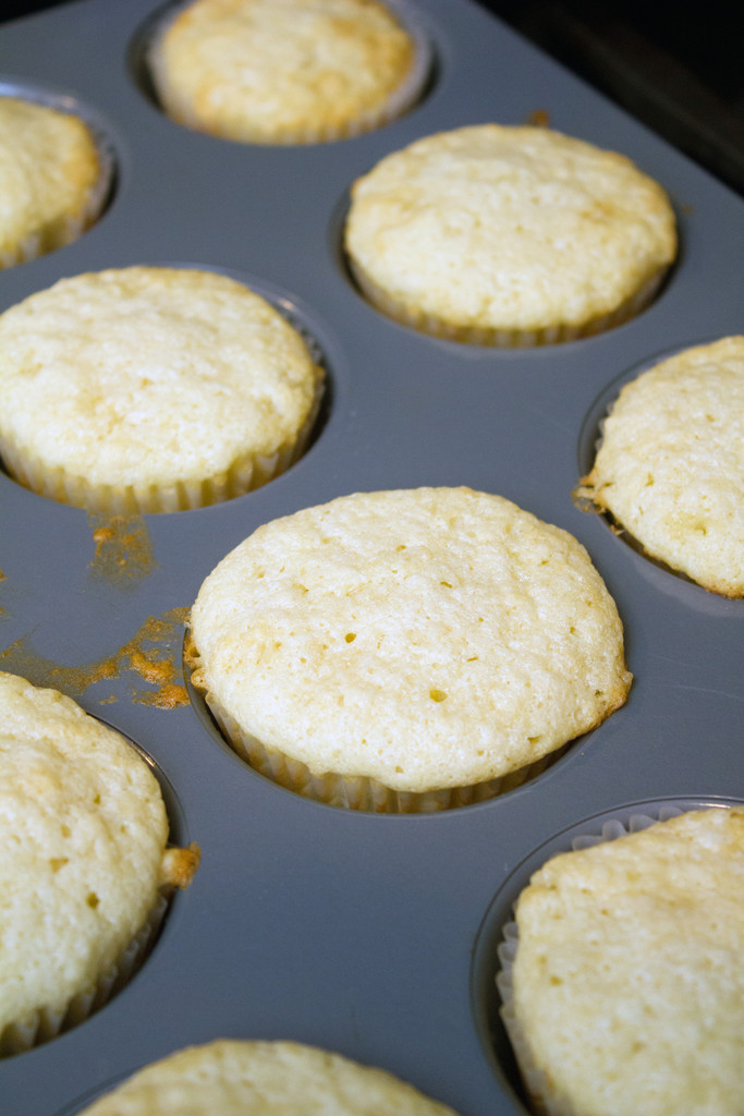 Champagne_Cupcakes_Baked