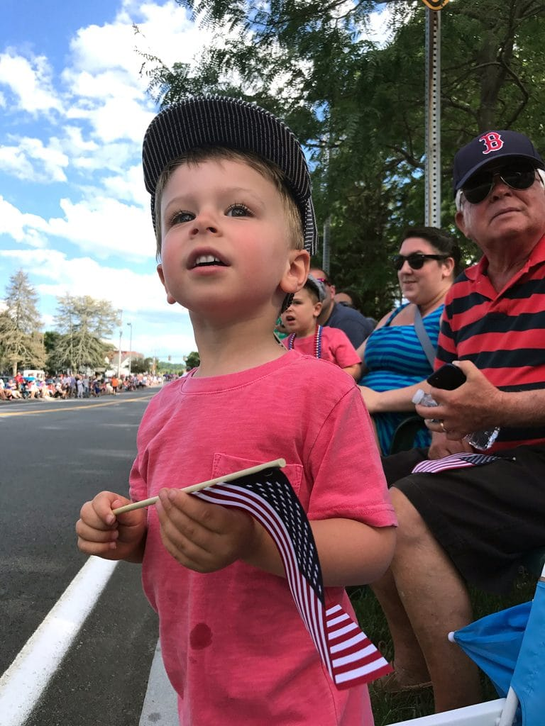 Twins at Fourth of July Parade | wearenotmartha.com
