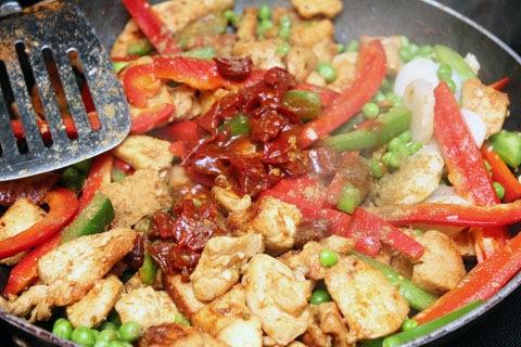 Chipotle-Cashew-Chicken-Chipotle.jpg