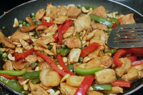 Chipotle-Cashew-Chicken-Stir-Fry-2.jpg