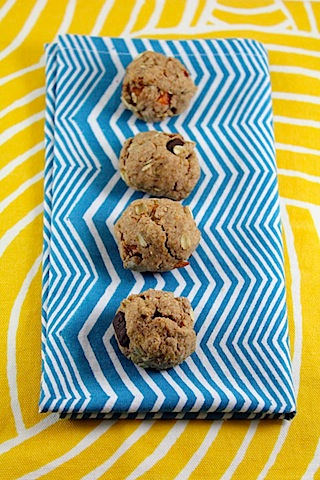 Chocolate-Chili-Mango-Oatmeal-Cookies-6.jpg