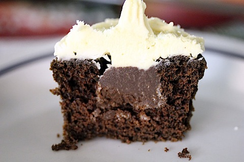 Chocolate Stout Cupcakes with Irish Whiskey Filling and Baileys ...