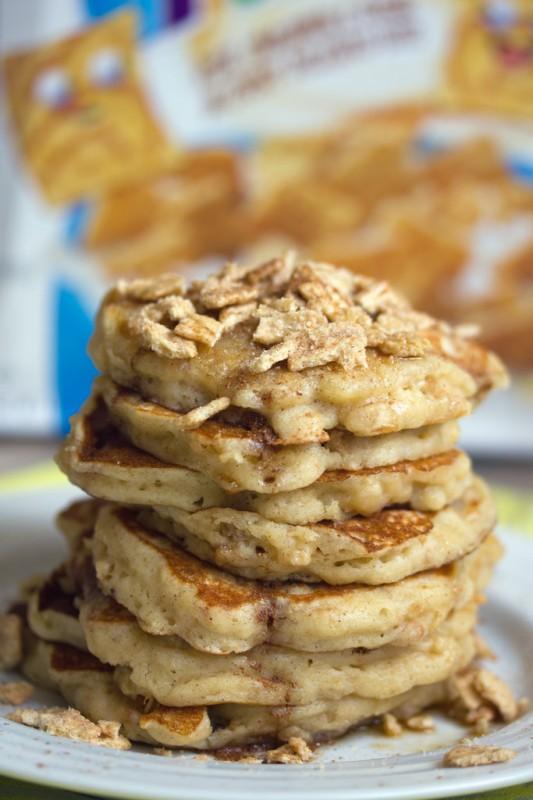 Cinnamon Toast Crunch Pancakes 4