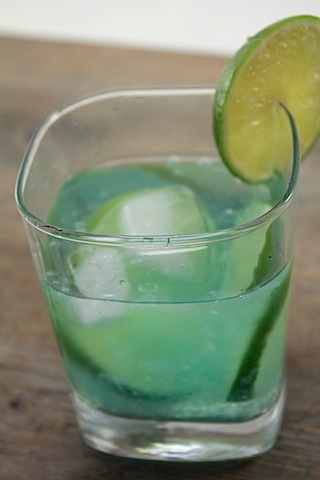 Cocktail-R-Evolution-Gin-Tonic-4.jpg