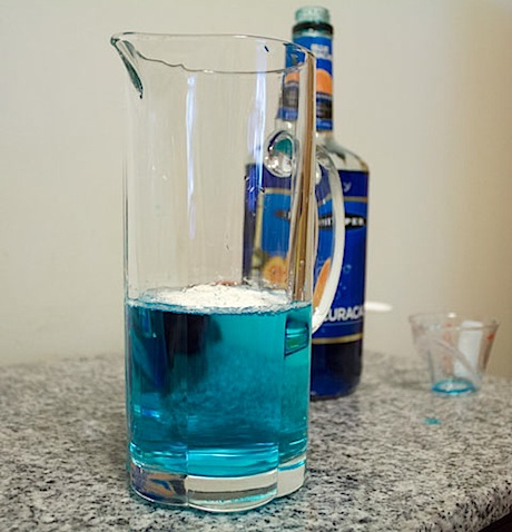 Cocktail-R-Evolution-Gin-Tonic-Blue.jpg