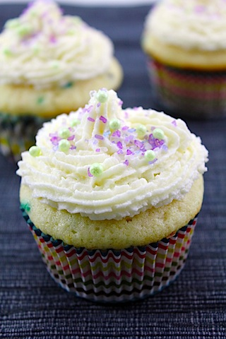 Confetti-Cupcakes-with-Champagne-Custard-Filling-2.jpg