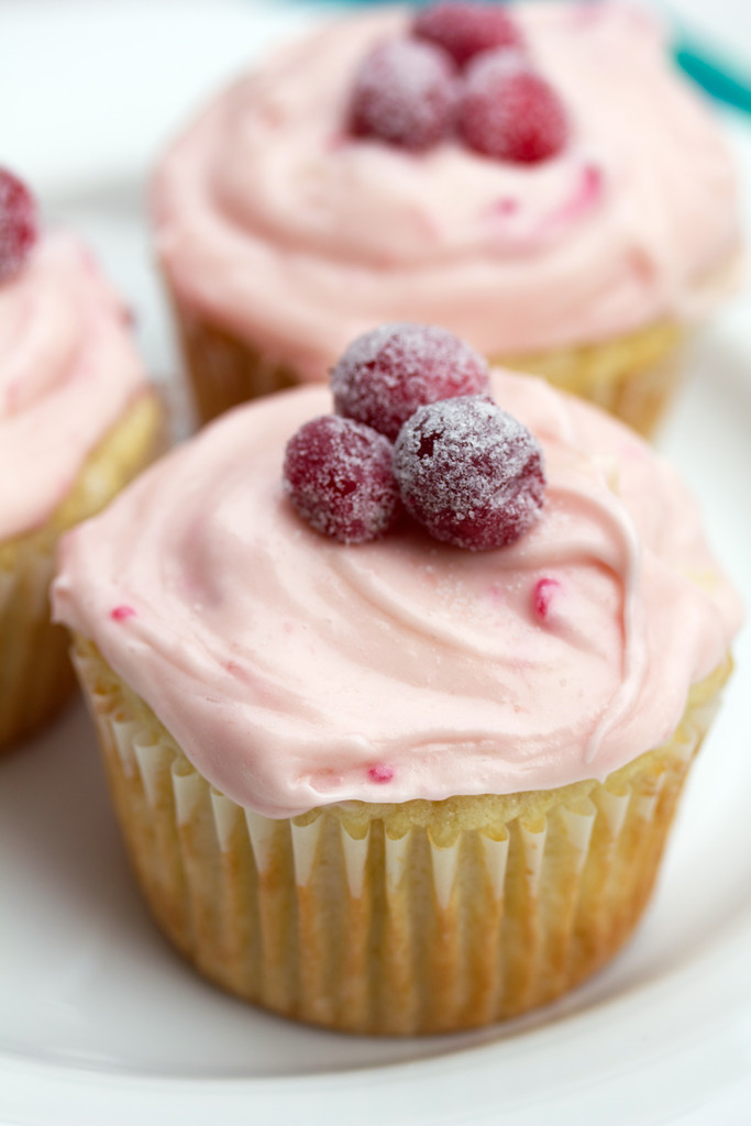 Cranberry_Champagne_Cupcakes_3