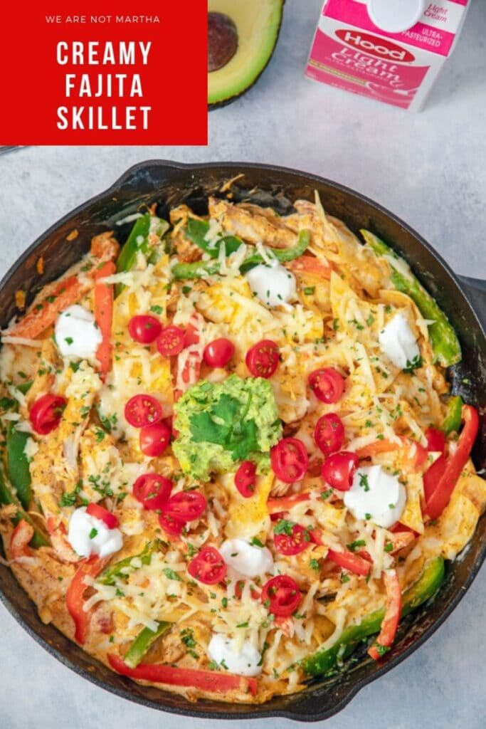 This Creamy Fajita Skillet is an easy-to-make weeknight dinner that the whole family will love! | wearenotmartha.com #mexicanfood #fajitas #easydinners #skilletdinners #easymexican