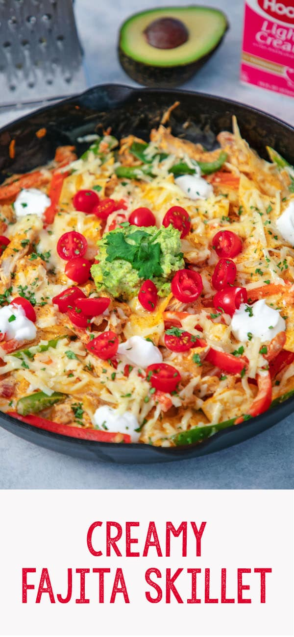 This Creamy Fajita Skillet has everything you love about fajitas in one easy-to-make dish with minimal cleanup. Packed with chicken, peppers, onions, and light cream, it's a comfort food dinner perfect for the back to school season | wearenotmartha.com