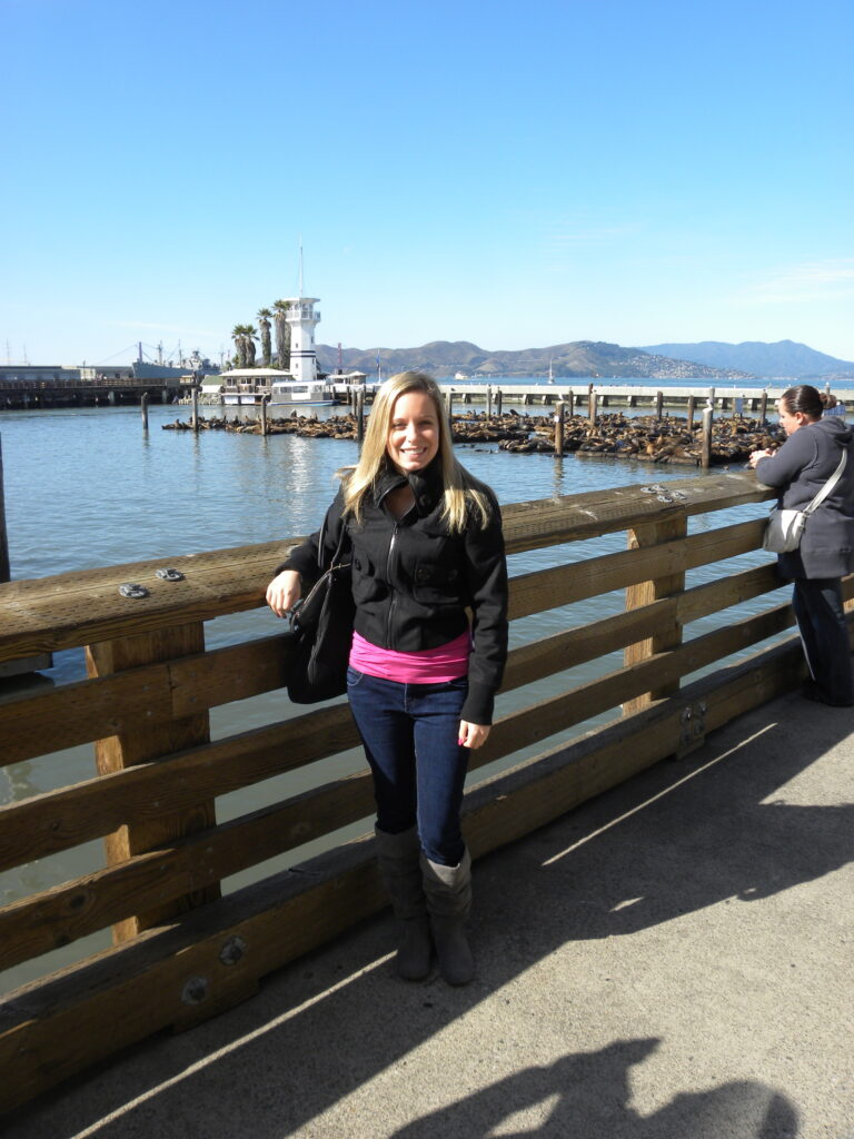 sues at the pier