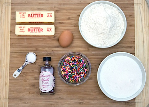 Double Cookie Marshmallow Ice Cream Sundaes Ingredients.jpg
