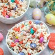 Easter Candy Popcorn-- Did you stock up on Easter candy? Put it to good use with Easter Candy Popcorn; this sweet treat is perfect for snacking on while watching movies or hanging out with the family! | wearenotmartha.com #easter #eastercandy #popcorn #partypopcorn #candy