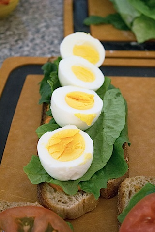 Egg, Lettuce, and Tomato Sandwich with Sriracha Mayo Layered 2.jpg
