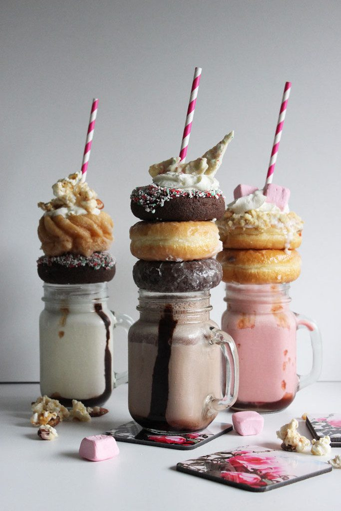 Extreme-Neopolitan-Milkshakes