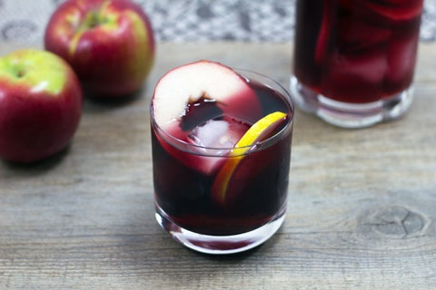 Fall Apple Sangria 2.jpg