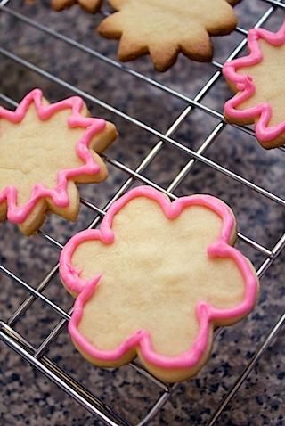 Flower Sugar Cookie Royal Icing.jpg
