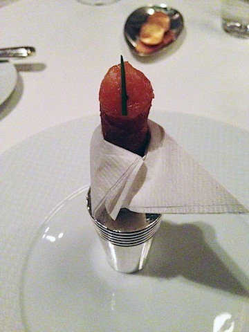 French Laundry- Salmon Tartare Cornets 2.jpg