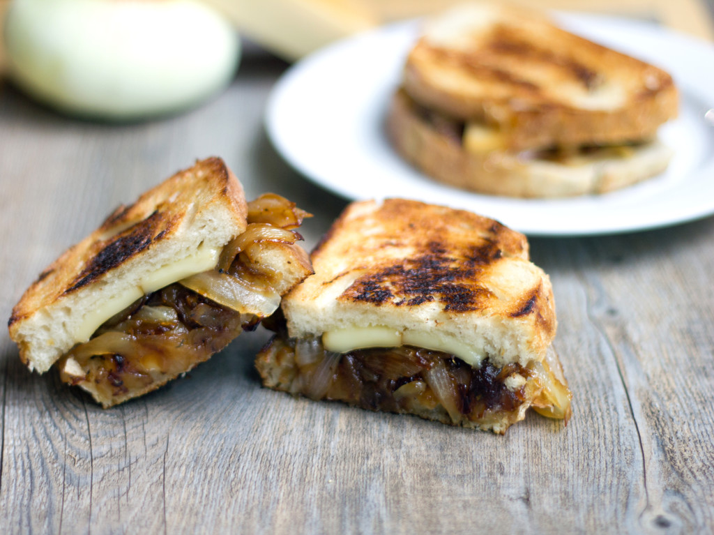 French Onion Grilled Cheese Sandwich 2