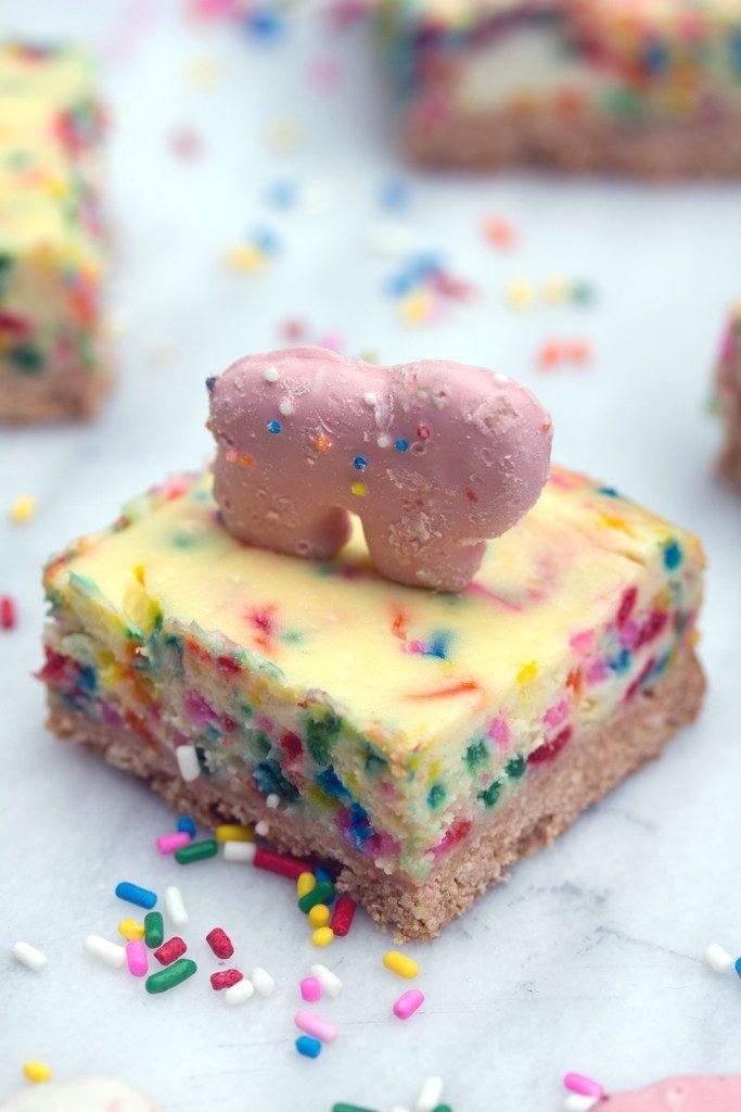 Animal Cookie Cheesecake
