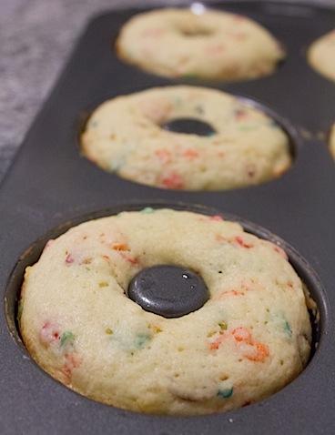 Fruity-Pebbles-Donuts-Baked-2.jpg