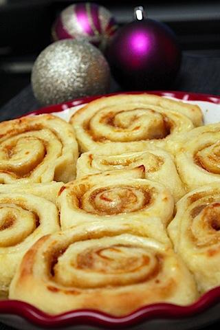 Gingerbread-Rolls-1.jpg