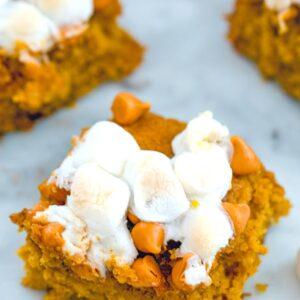 Pumpkin Butterscotch Blondies -- What is your most perfect blondie? Mine is a pumpkin blondie packed with butterscotch chips and marshmallows. These Pumpkin Butterscotch Blondies are the perfect fall dessert | wearenotmartha.com