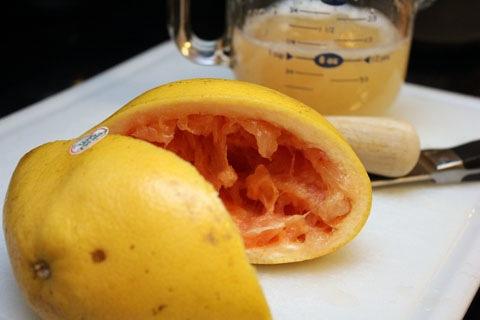Grapefruit-Lillet-Cocktail-Grapefruit.jpg