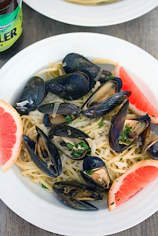Grapefruit Shandy Mussels with Grapefruit Linguine 5.jpg