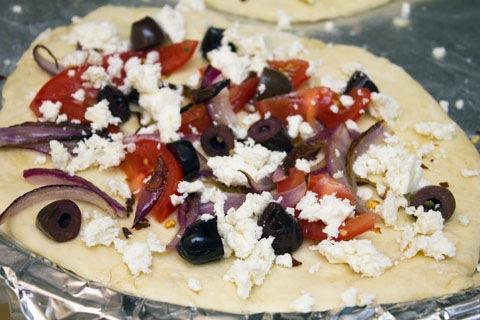 Greek Salad Flatbread Toppings 2.jpg