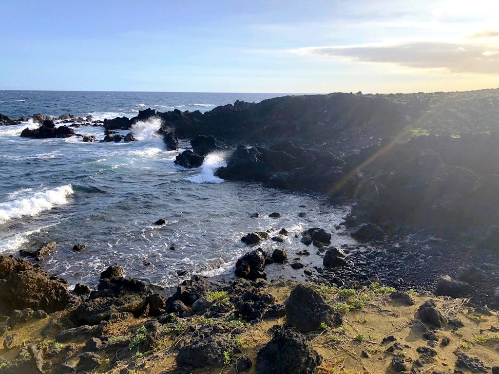 View along the hike from Papakolea, the Green Sand Beach in Kona on the Big Island of Hawaii
