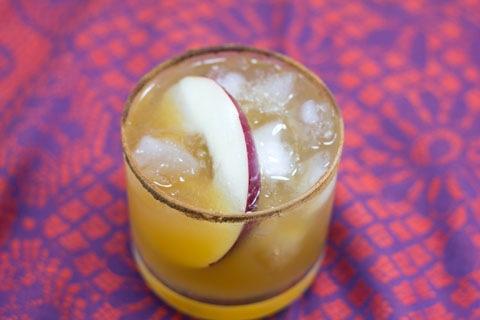 Habanero Ginger Apple Cider Cocktail 2.jpg