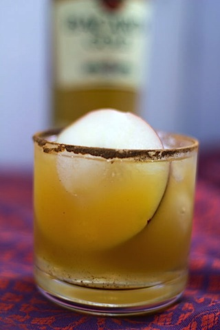 Habanero Ginger Apple Cider Cocktail 3.jpg