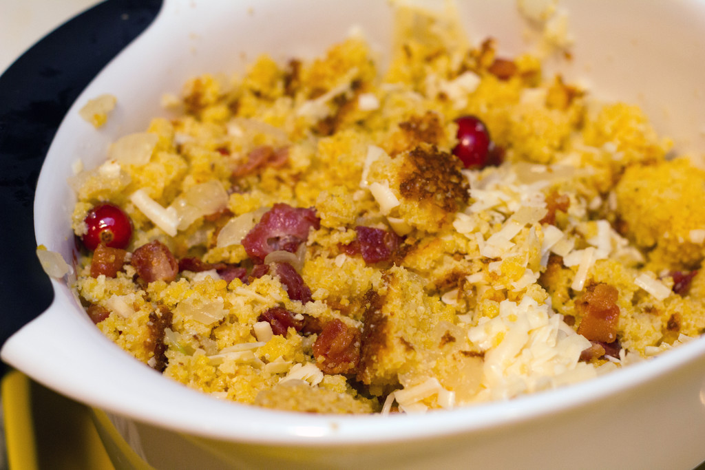 Harvest_Cornbread_Stuffing_Mixed