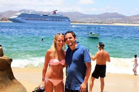 Honeymoon-Los-Cabos-Lovers-Beach-3.jpg