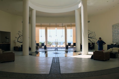 Honeymoon-Los-Cabos-Pueblo-Bonito-Pacifica-Lobby.jpg