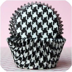 Houndstooth Cupcake Liners.jpg